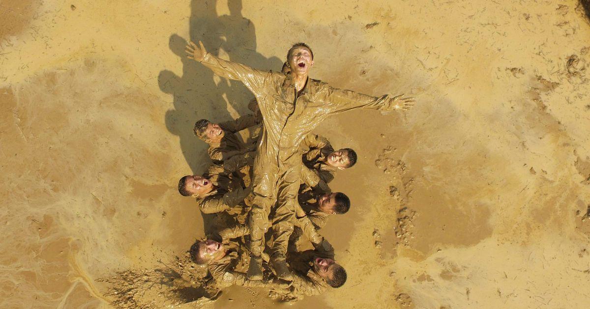 Військові беруть участь в навчаннях у місті Наньнін, Гуансі-Чжуанський автономний район, Китай. @ Reuters