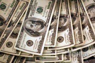 На украинском межбанке дешевеет валюта