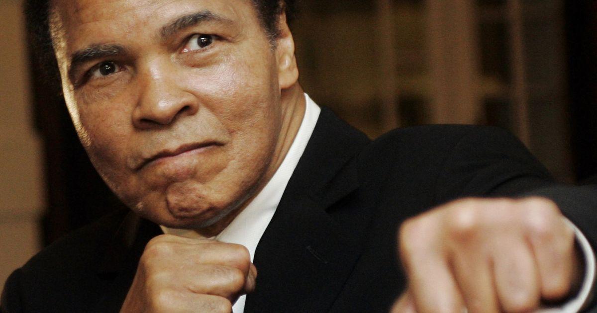 Легендарний боксер Мохаммед Алі при смерті – ЗМІ