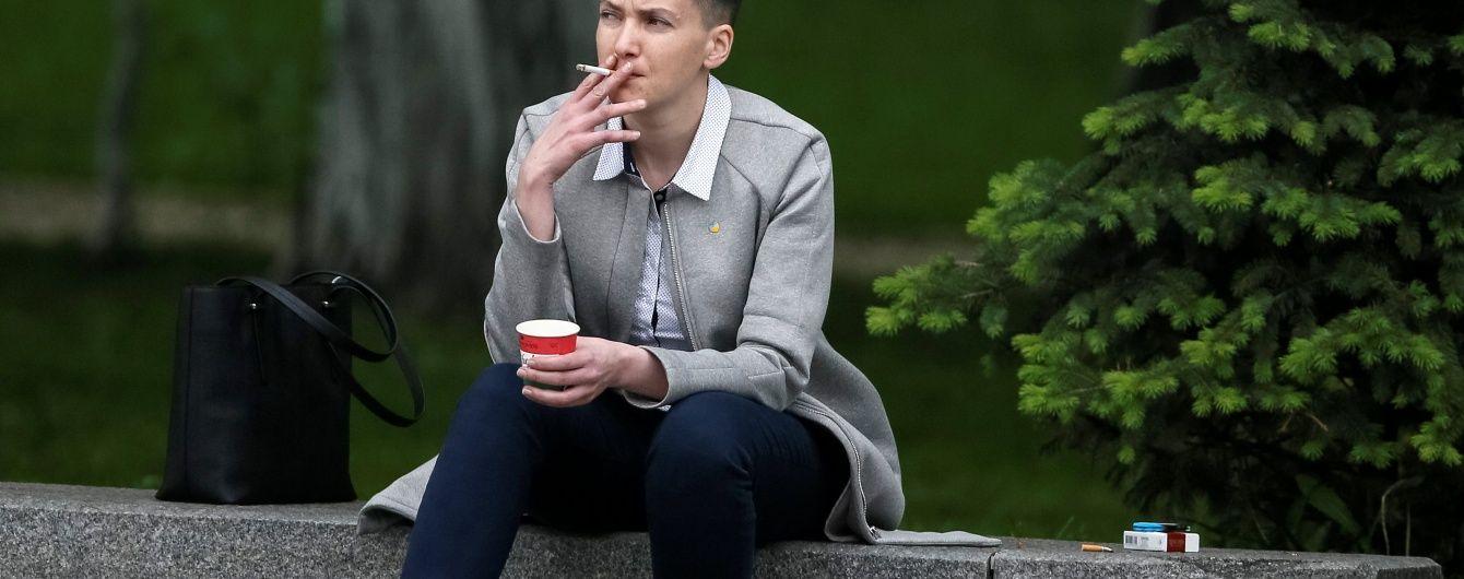 """Фантазія ботів: """"Савченко"""" пропонує нардепам знайомства в """"кабаку"""""""