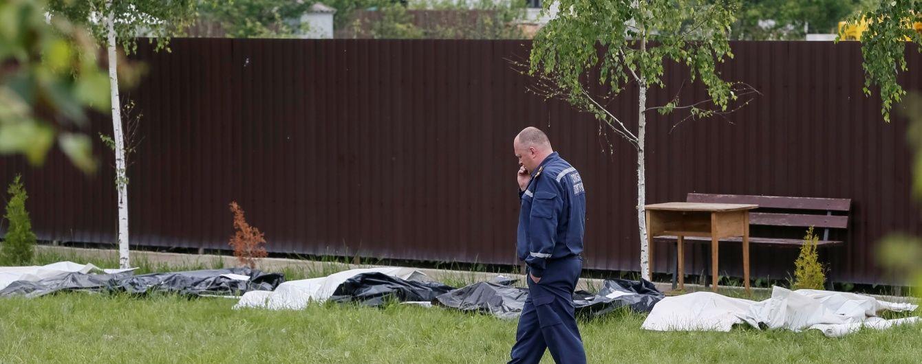Очевидці про трагедію у будинку для літніх людей: пожежники були без води, а тіла відвозили вантажівкою