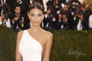 Met Gala-2016: самые сексуальные платья Бала в Нью-Йорке