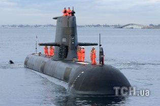 Після партії танків із США Польща заявила про намір купити підводні човни, гелікоптери і винищувачі