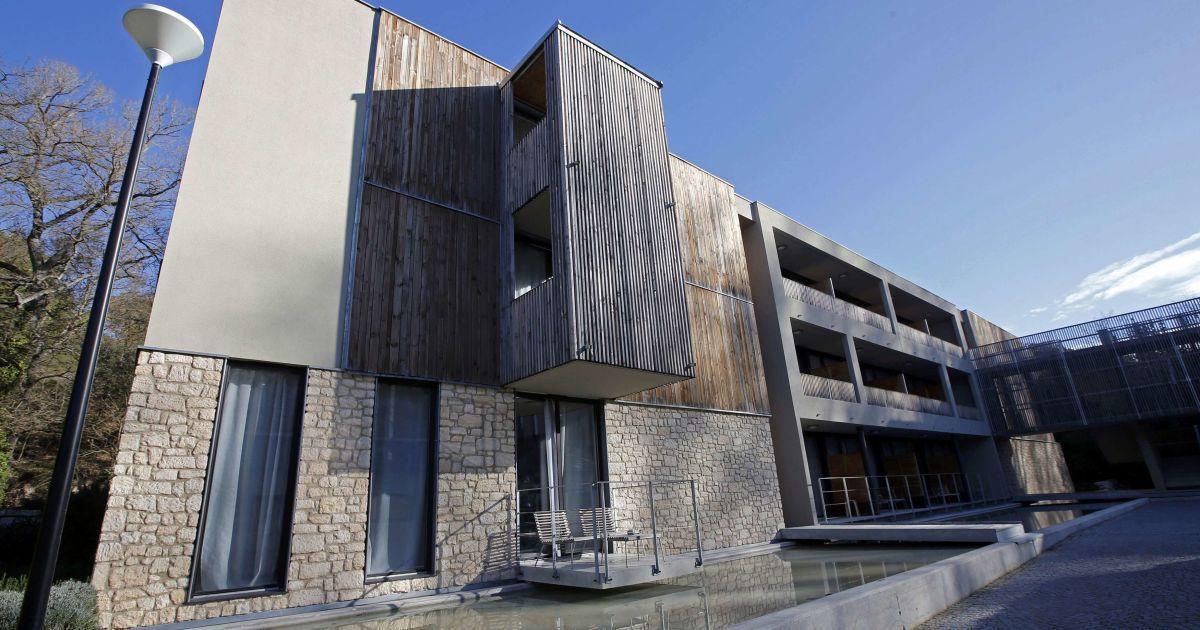Австрійська команда обрала собі за резиденцію готельMoulin de Vernegues у місті Мальмор
