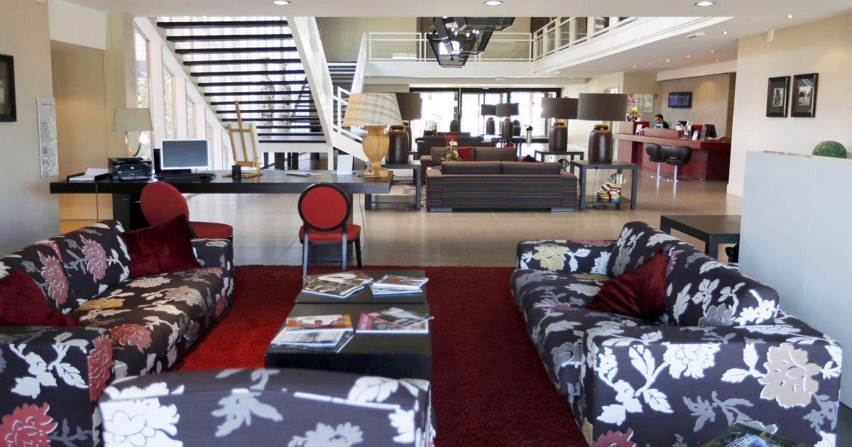 """Бельгійські """"Червоні дияволи"""" облюбували готельGolf du Medoc Resort у містіЛе-П'ян-Медок"""