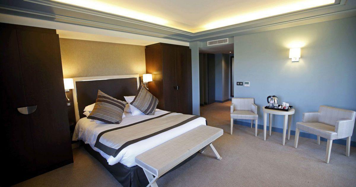Збірна Швейцарії житименеподалік Монпельє уVichy Spa hotel.