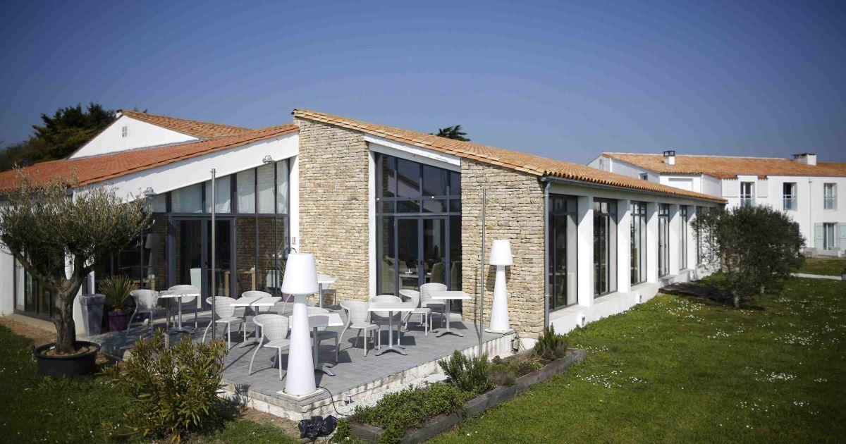 Чинний чемпіон Європи розквартирується уСент-Марі-де-ла-Мер в готелі під назвою Atalante.