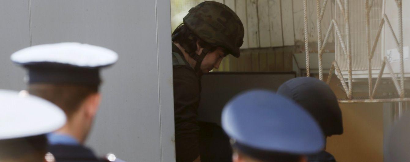 Адвокат Савченко пропонує захисту ГРУвців просити про помилування