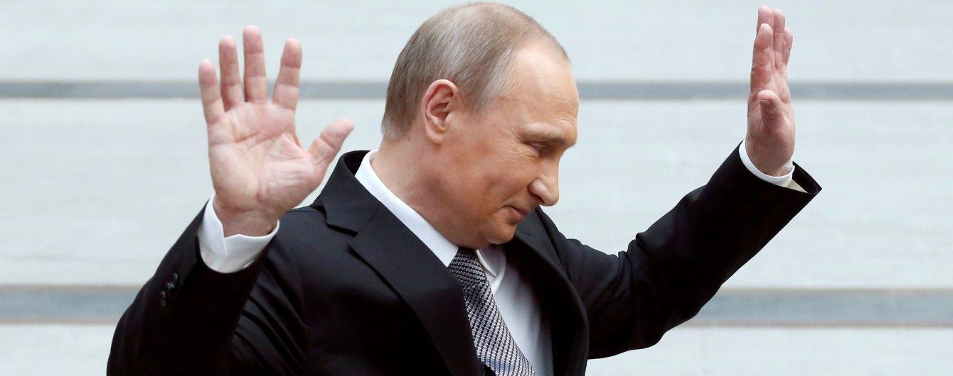 Терорист Гіркін натякнув Путіну, що йому час піти з посади президента Росії