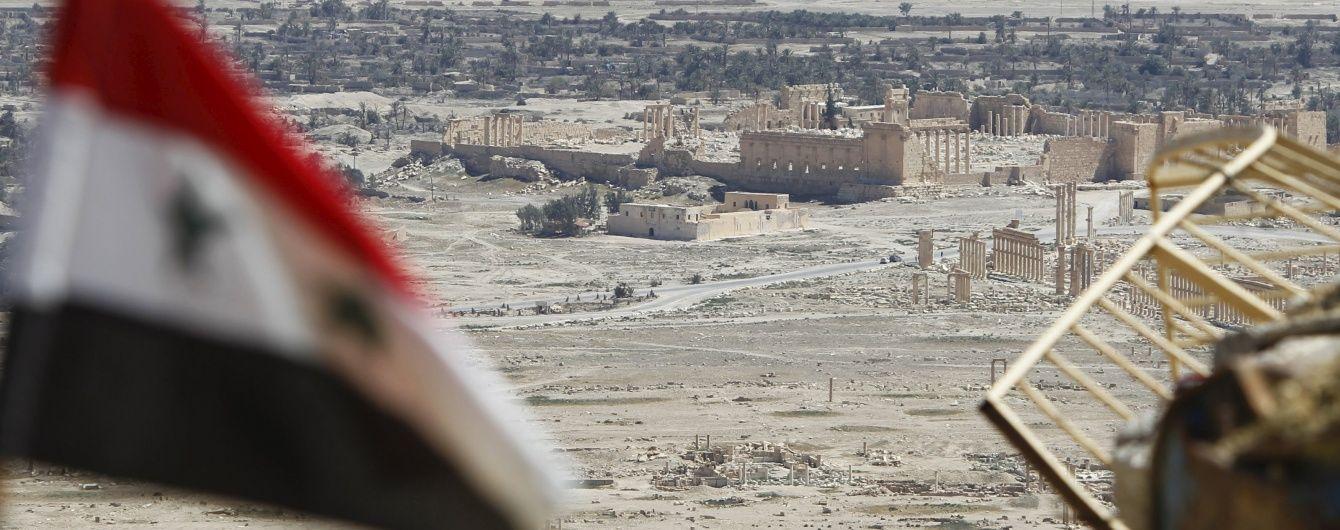 Влада Сирії співпрацює з ІД - Sky News