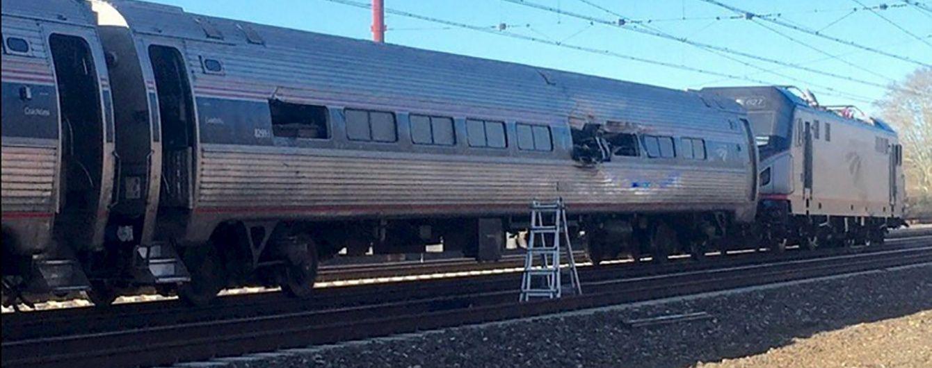 Залізнична катастрофа у США: загинули 2 людей, 30 поранено