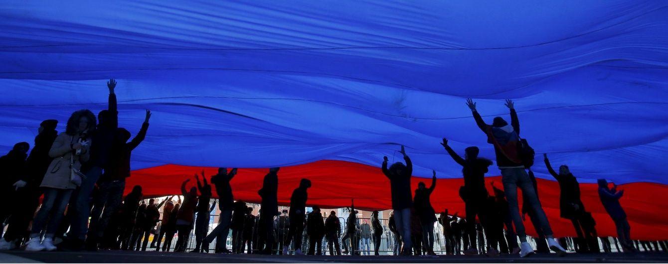 Росіян переконують, що між Мінськими угодами і санкціями немає зв'язку