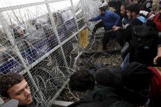 В Стамбуле полсотни мигрантов устроили погром с поджогом в центре для беженцев
