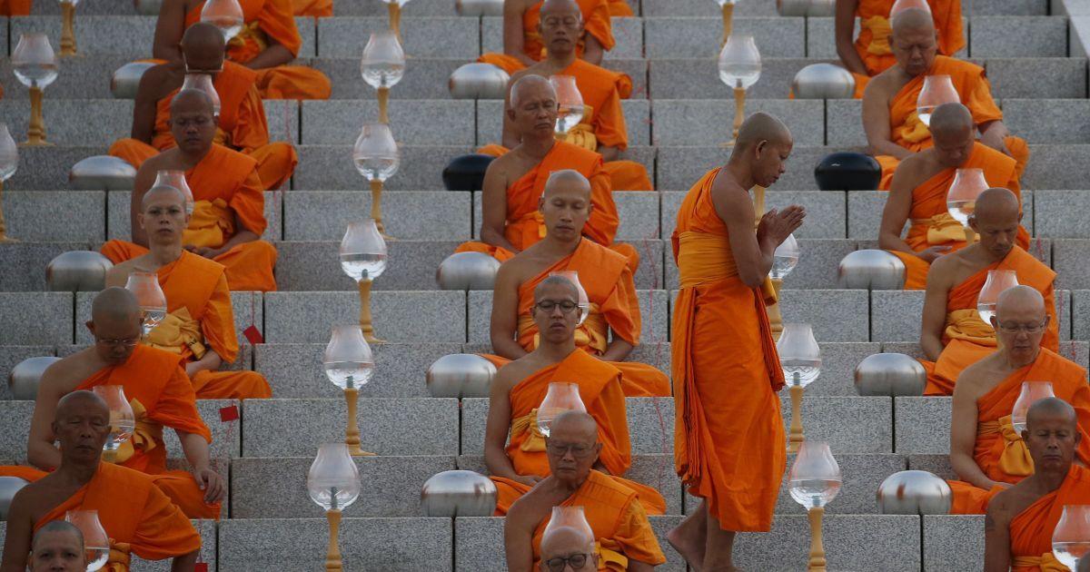 Буддійське свято Макха Буча @ Reuters