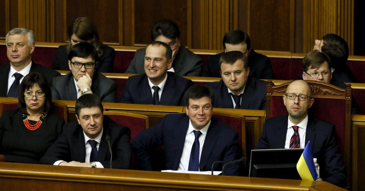 В парламенте зарегистрировали два проекта о повторном голосовании за отставку Кабмина
