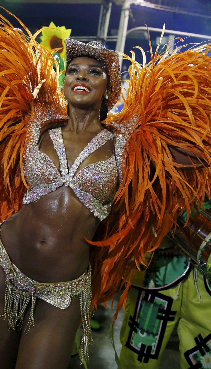 Сексуальный карнавал в бразилии