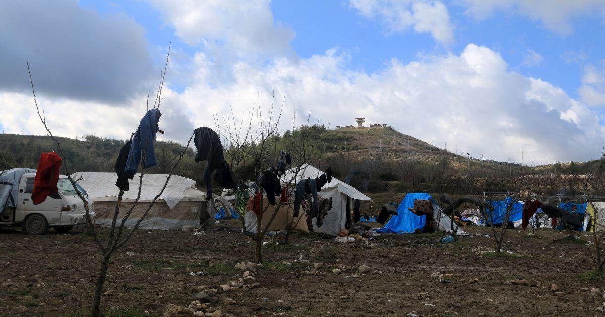 Загальний вигляд наметів для вимушених переселенців в місті Хірбет Аль-Джоз.