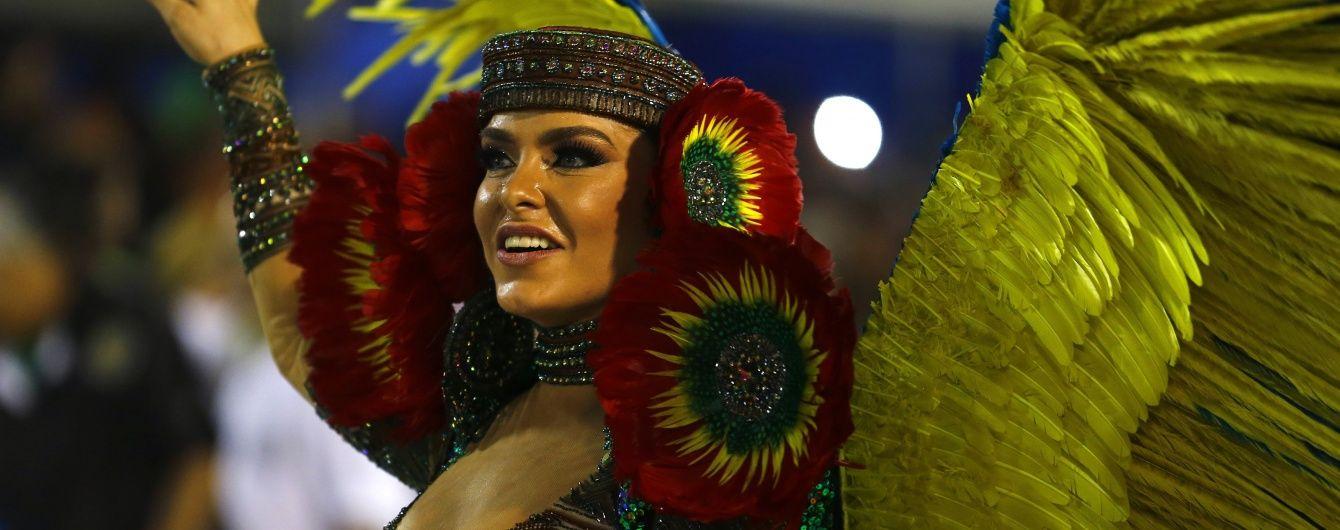 Карнавал в Ріо-де-Жанейро стартував зі скандалом через мера