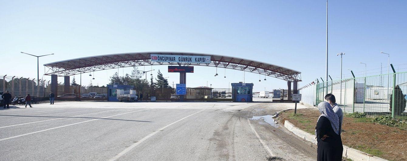 Українське посольство евакуюється з Сирії до сусіднього Лівану