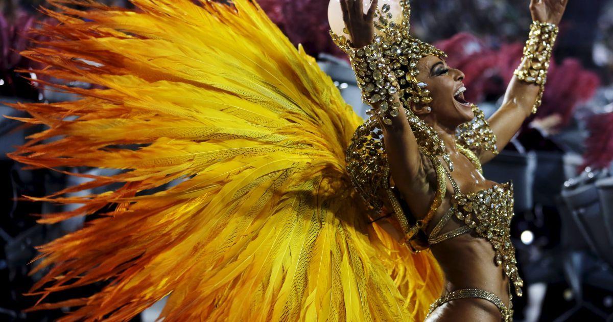 слово фото танцующих бразильянок франции