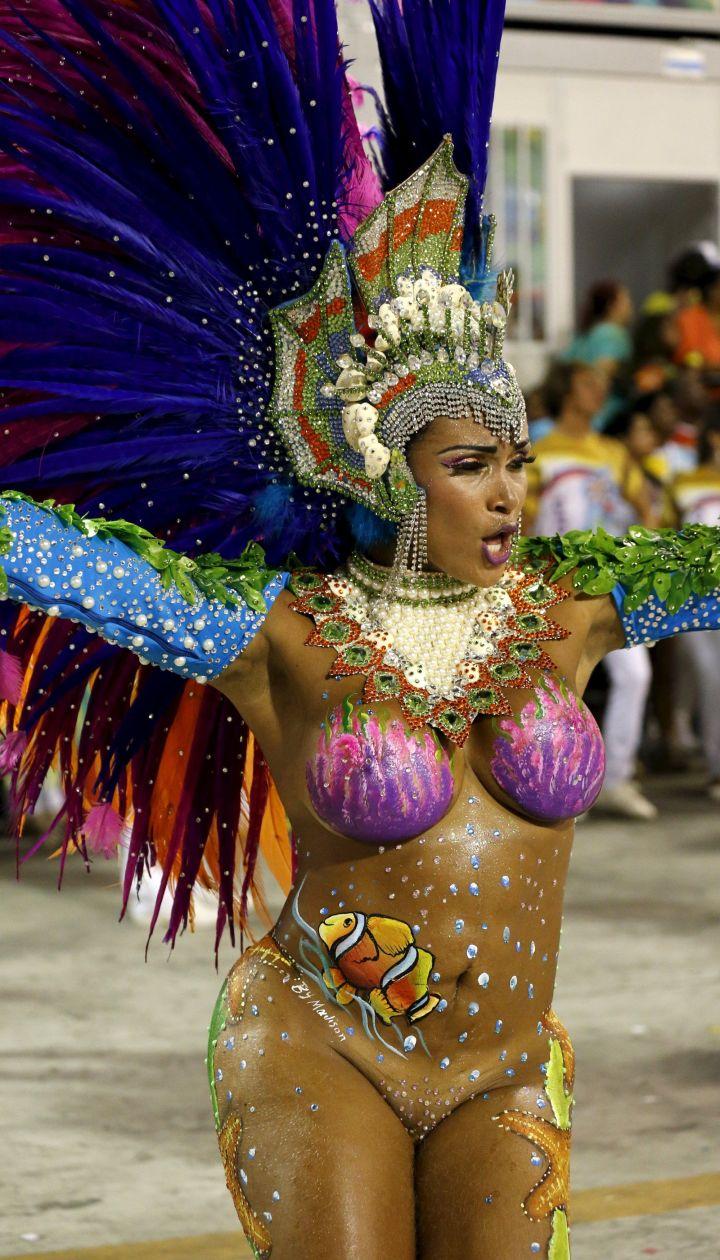 Порно фото бразильские девушки карнавал горячее видео трамп