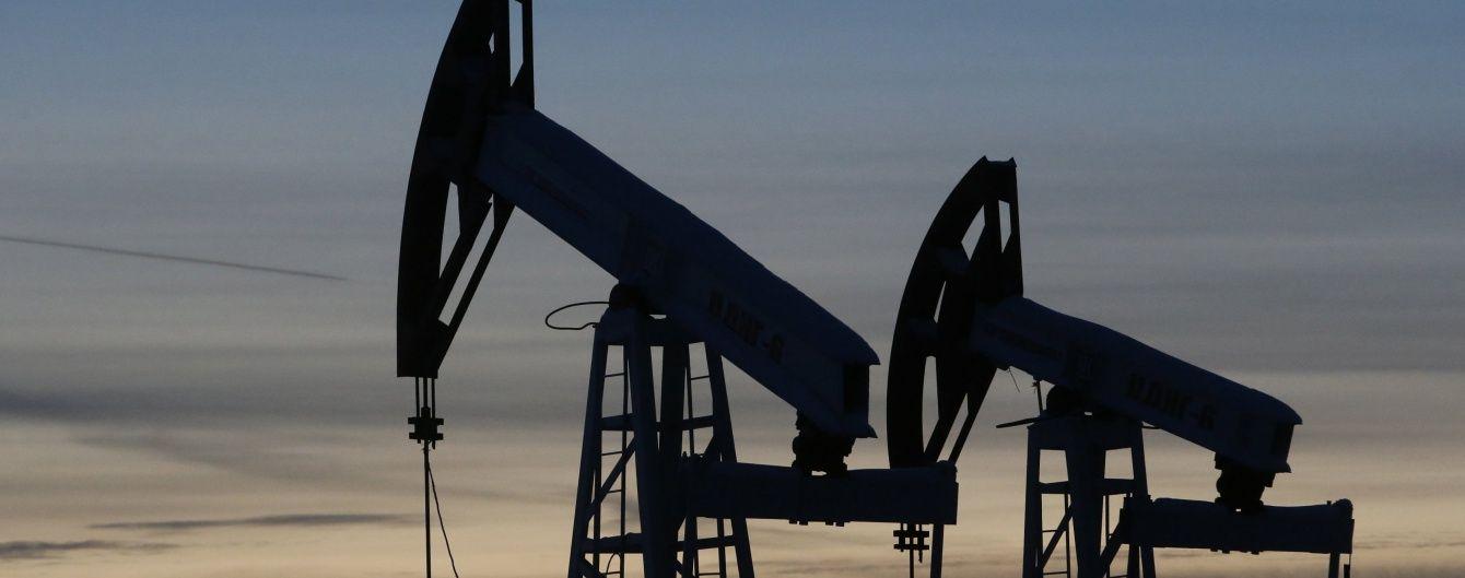 Нафтогазові доходи Росії скоротилися на третину