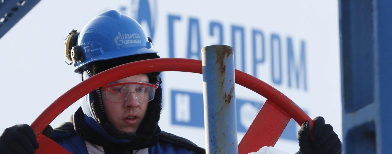 """""""Газпром"""" сподівається постачати газ до України ще щонайменше три роки"""