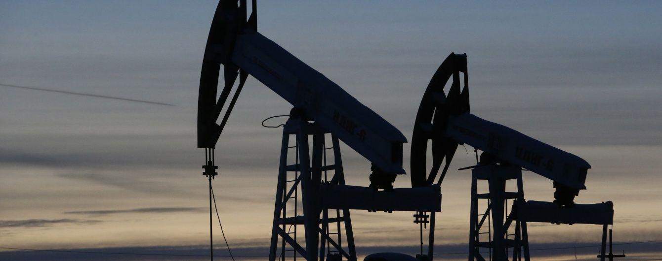 """В """"Укрнафті"""" спрогнозували ціну нафти в 2016 році і великі проблеми для Росії"""