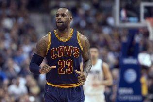 Чемпіони НБА домовились зі своєю зіркою про рекордний в історії баскетболу контракт