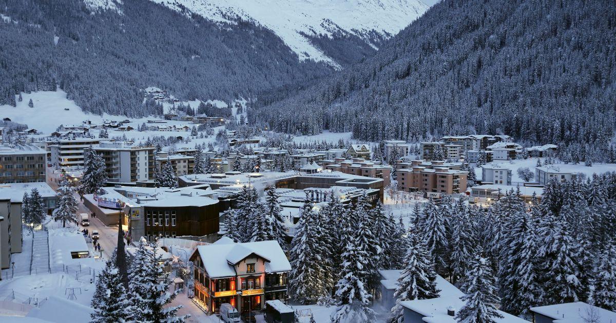 Загальний вигляд Давоса напередодні щорічних зборів Всесвітнього економічного форуму-2016 у Давосі, Швейцарія. @ Reuters