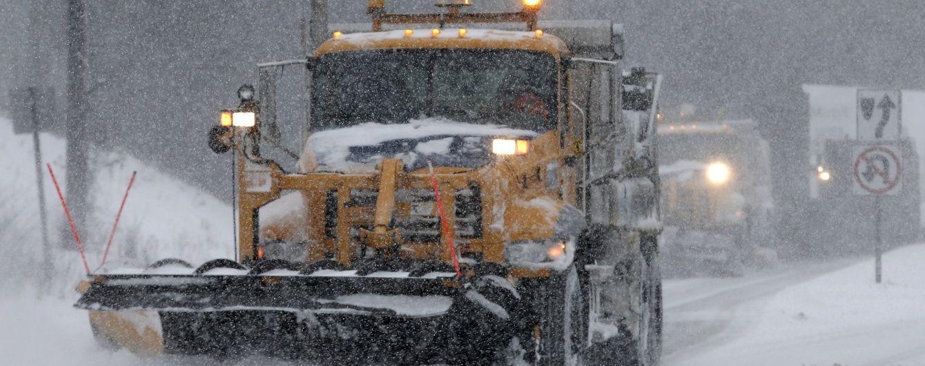 Замело: в США тысячи человек остались без света из-за мощного снежного шторма