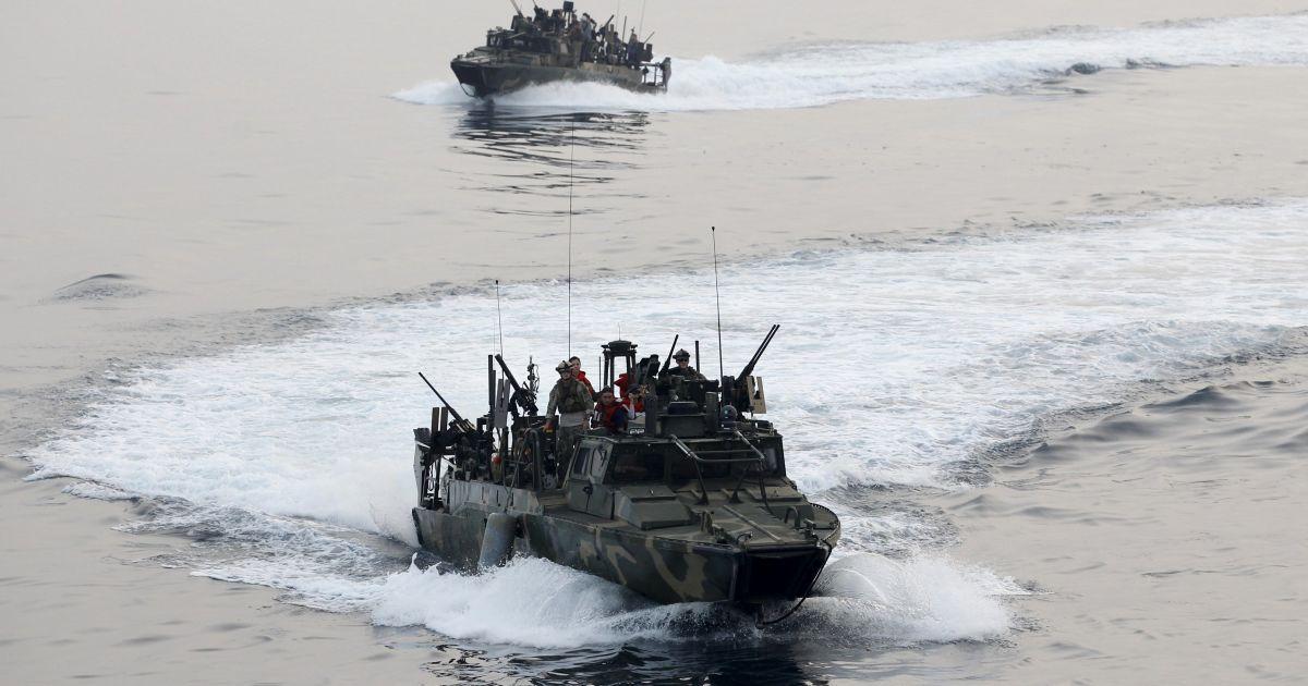 Иран прокомментировал задержание военных кораблей США в Персидском заливе