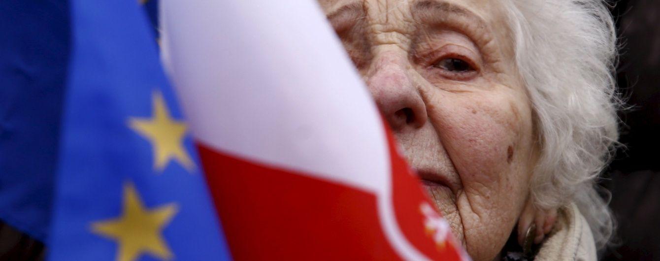 У Польщі закликають надати українцям право на постійне проживання