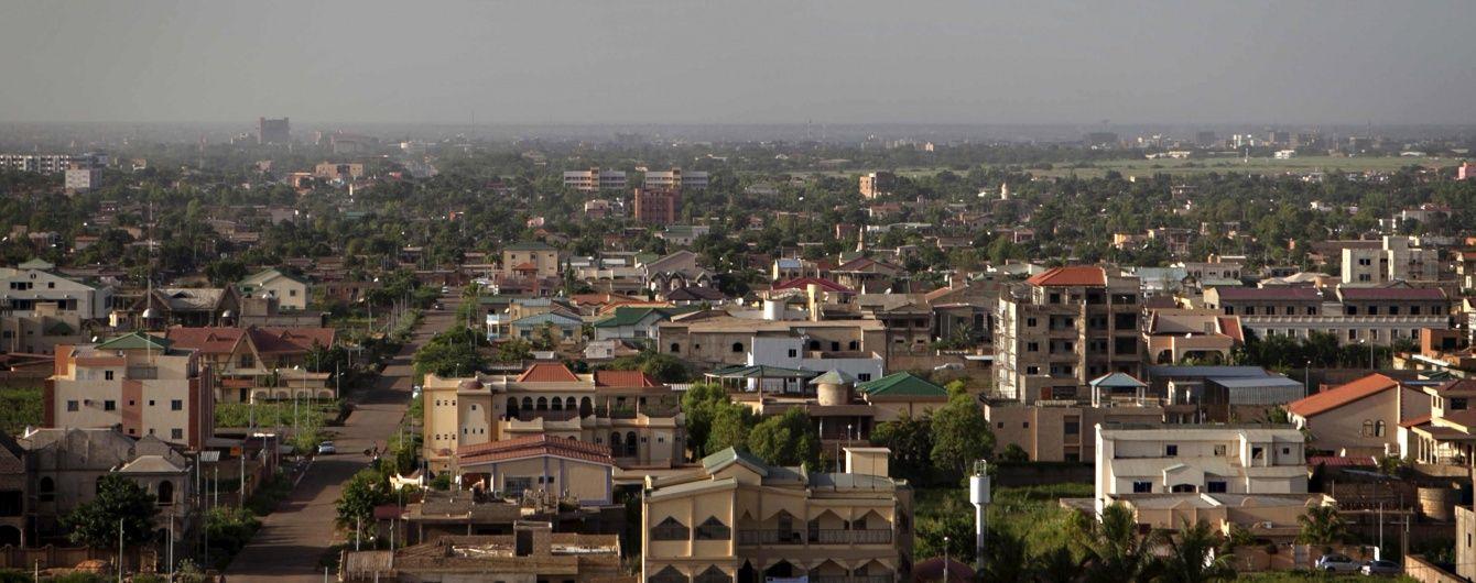 У столиці Буркіна-Фасо ісламісти спровокували вуличні бої