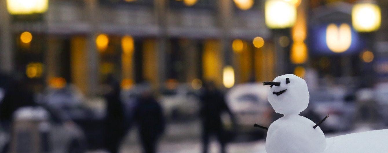 Зима настає: українці діляться майстер-класами із ліпки сніговиків
