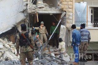 Human Rights Watch звинуватила РФ у застосуванні касетних бомб у Сирії