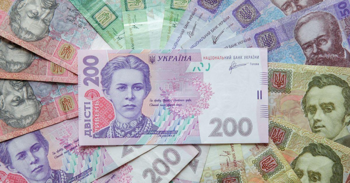 На Киевщине на взятке в более 1 млн грн поймали налоговика и сотрудника полиции