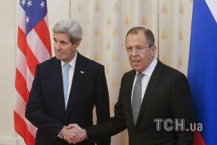Лавров и Керри обсудили Минские соглашения