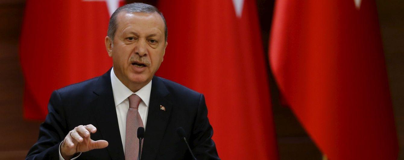 Турецький президент назвав сміхотворними звинувачення про підготовку вторгнення в Сирію