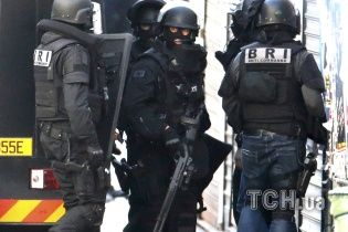 Французские правоохранители идентифицировали смертника, погибшего во время штурма в Сен-Дени