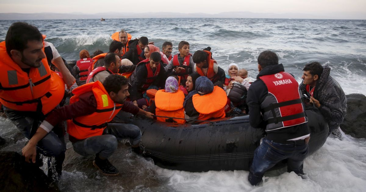 Среди мигрантов есть погибшие @ Reuters