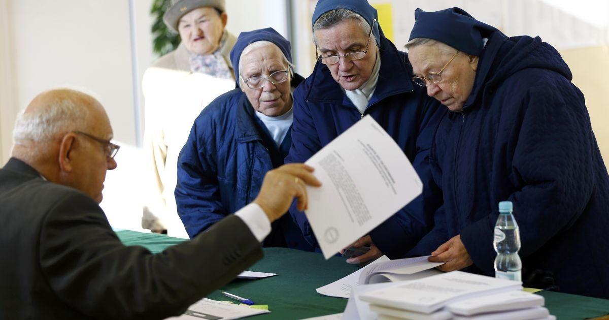 11% избирателей Донбасса проголосовали на местных выборах