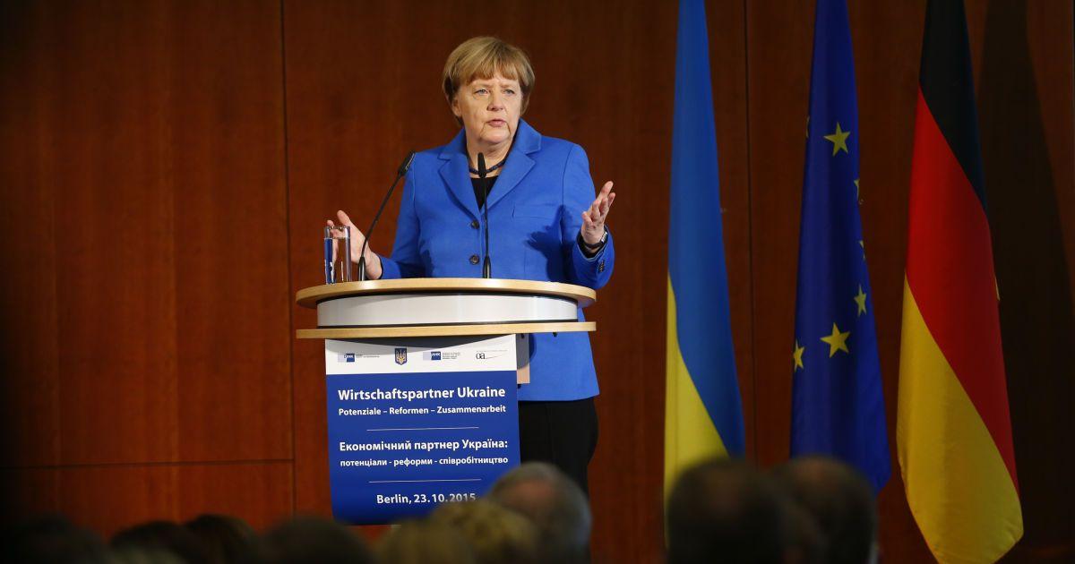 Киев должен получить выход к госгранице на Донбассе - Меркель