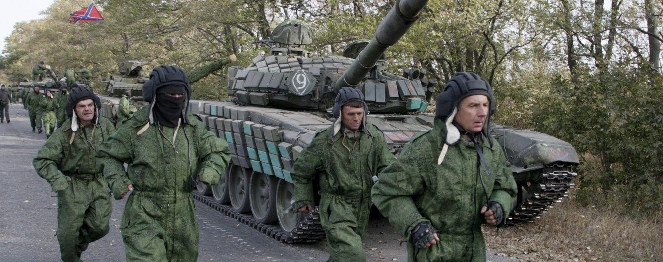 Бойовики вночі обстрілювали сили АТО біля Авдіївки із важкої артилерії, а біля Мар'їнки працювали снайпери