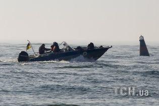 """Спасатели нашли тело еще одного погибшего с затонувшего катера """"Иволга"""""""