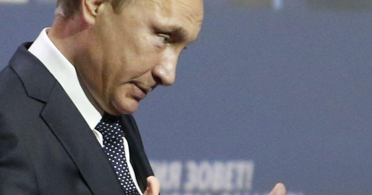 Путин разглядел в отказе от встречи с Медведевым слабость США
