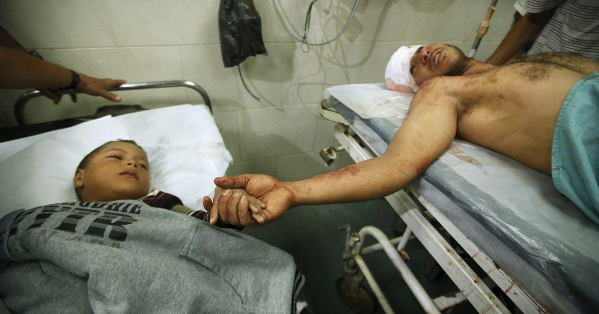 В больнице находится несколько раненых @ Reuters
