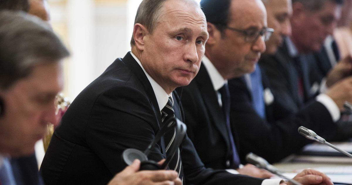 Бессмертный рассказал о реакции Путина относительно вывода войск РФ из Донбасса: мы их подарили