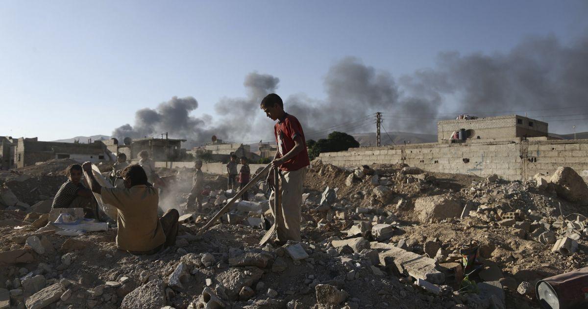 Жертвы войны в Сирии в цифрах. Инфографика