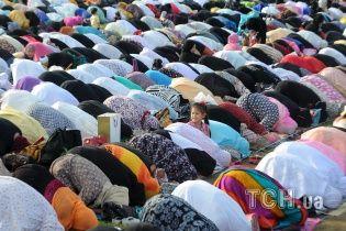 Мусульмани заповнили київську мечеть на свято Курбан-Байрам